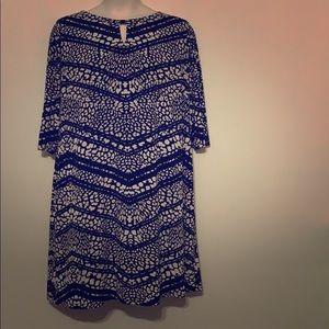 Tahari Black and Cream Shift Dress 20